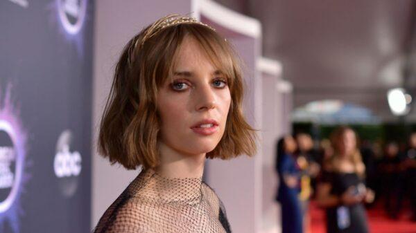 """Maya Hawke conta mais detalhes da 4ª temporada de """"Stranger Things"""""""