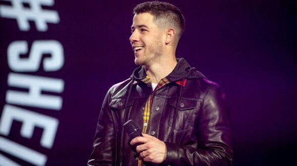 Nick Jonas é hospitalizado após acidente