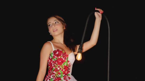 Taby comemora seus 15 anos em Cancún com vestido exclusivo