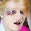 "Ed Sheeran divulga primeiro teaser do videoclipe de ""Bad Habits"""
