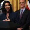 Kim Kardashian reprova o exame de Direito, de novo