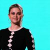 Selena Gomez comenta sobre suas dolorosas experiências amorosas