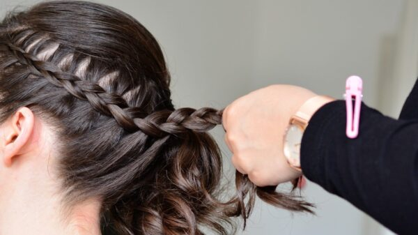 Aprenda 8 penteados fáceis para usar no dia a dia