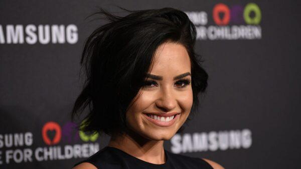 Demi Lovato revela detalhes da gravação de sua primeira cena de sexo