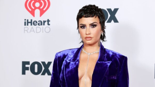 Demi Lovato revela que sente saudades do Brasil ao compartilhar vídeo