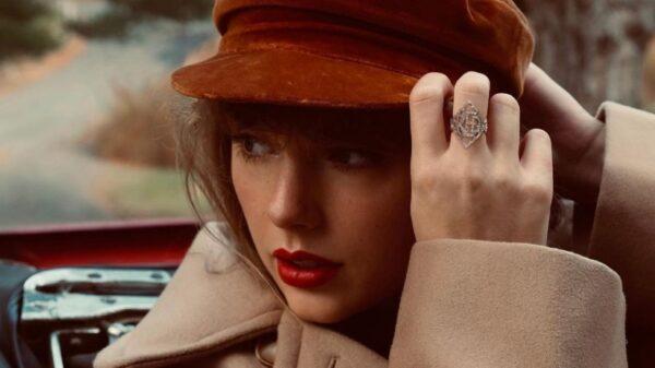 "Fãs de Taylor Swift suspeitam que a canção ""Ronan"" estará no ""RED (Taylor's Version)"""