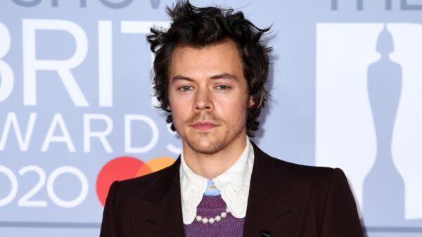 Harry Styles é visto aos beijos com a diretora Olivia Wilde
