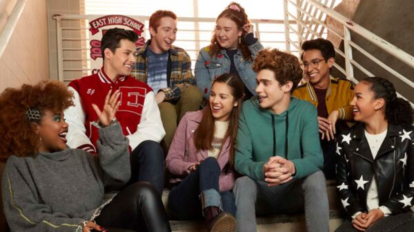 """""""HSMTMTS"""": trilha sonora da 2ª temporada da série teen é lançada nesta sexta (30)"""