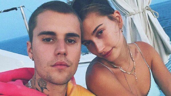 Justin Bieber posta legenda suspeita e Hailey nega rumores de gravidez de forma descontraída