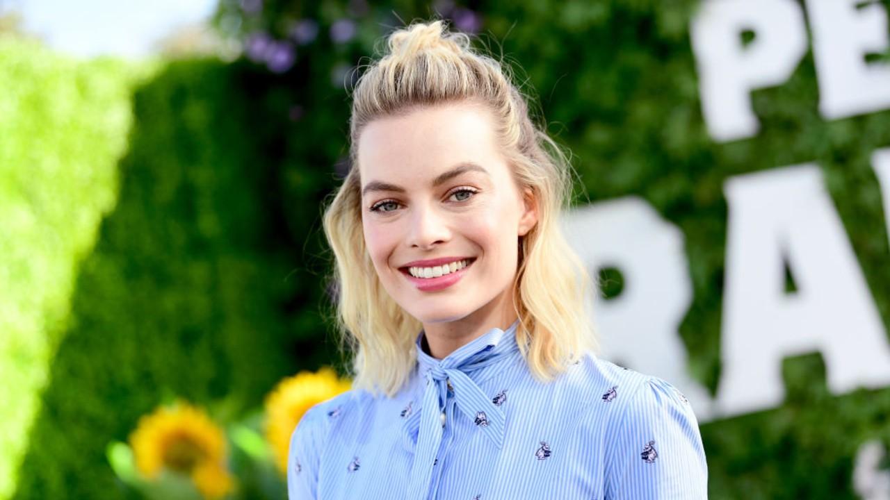 """Margot Robbie conta mais detalhes de """"O Esquadrão Suicida"""""""