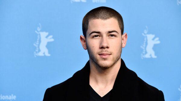 """Nick Jonas conta detalhes e dificuldades sobre ser jurado do """"The Voice"""""""