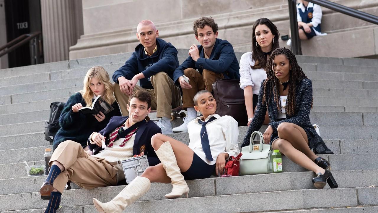 """Reboot de """"Gossip Girl"""" tem cena do 1º episódio divulgada pela HBO Max"""