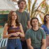 """""""A Barraca do Beijo 3"""": confira bastidores divulgados por Joey King e cena exclusiva do último filme"""