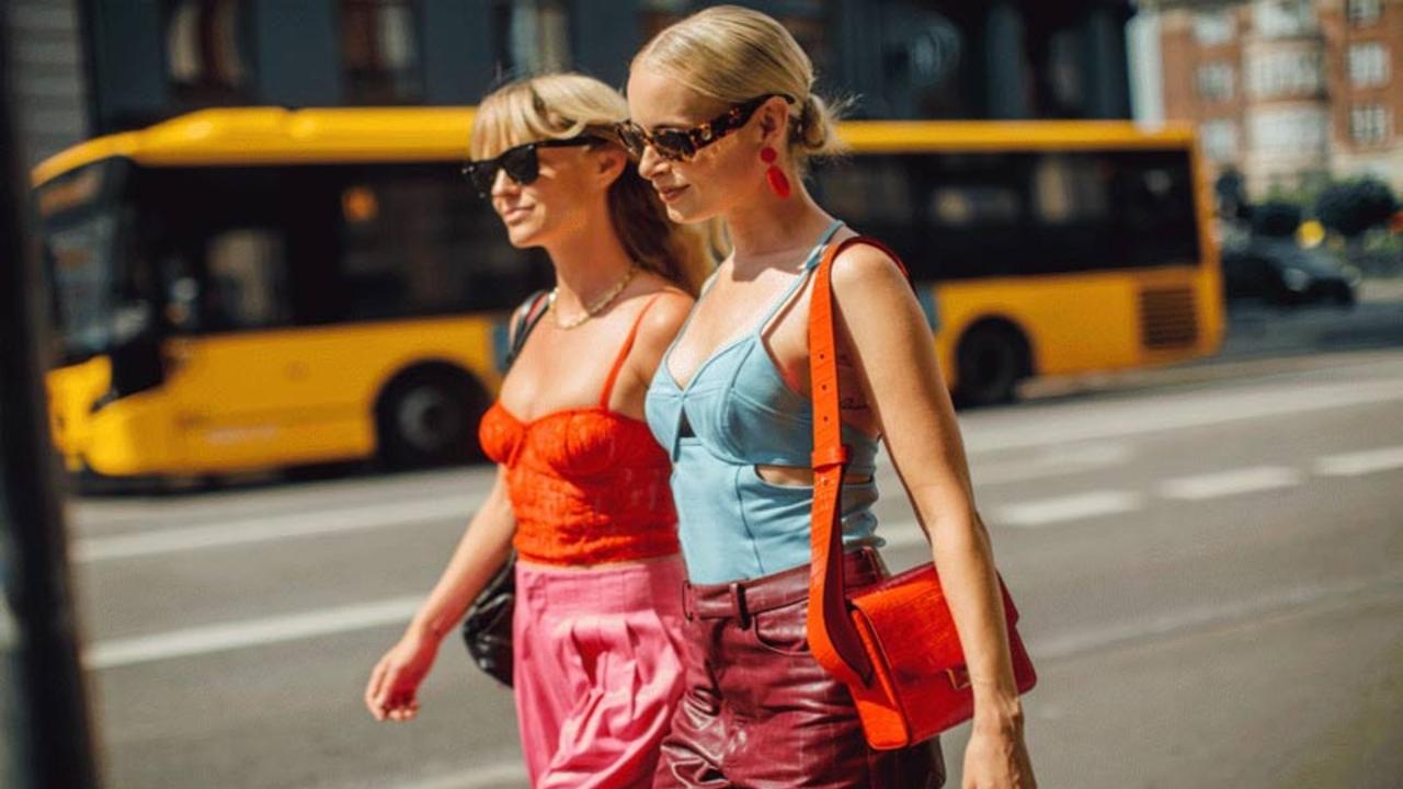 Anos 2000: a tendência que voltou para as roupas e também para os assessórios