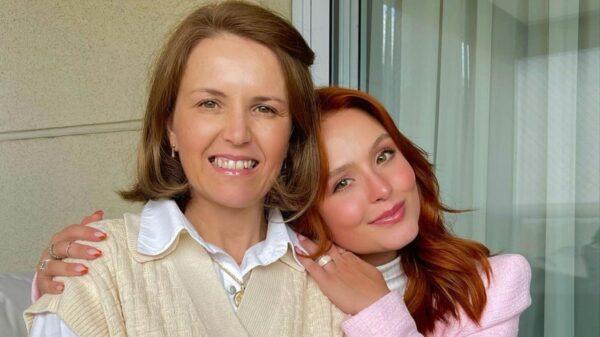 larissa manoela faz declaraçao linda no aniversario de sua mae