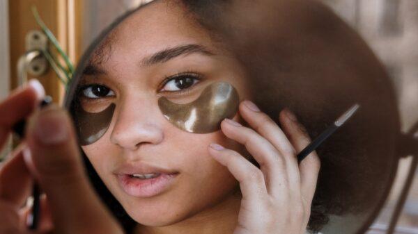 Maquiador oficial de Mari Gonzalez traz dicas de cuidados com a pele que prometem evitar os temidos cravos e espinhas!