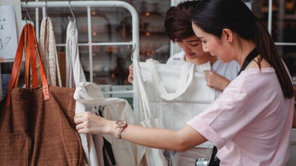 Saiba como trazer a moda sustentável para o seu guarda-roupa
