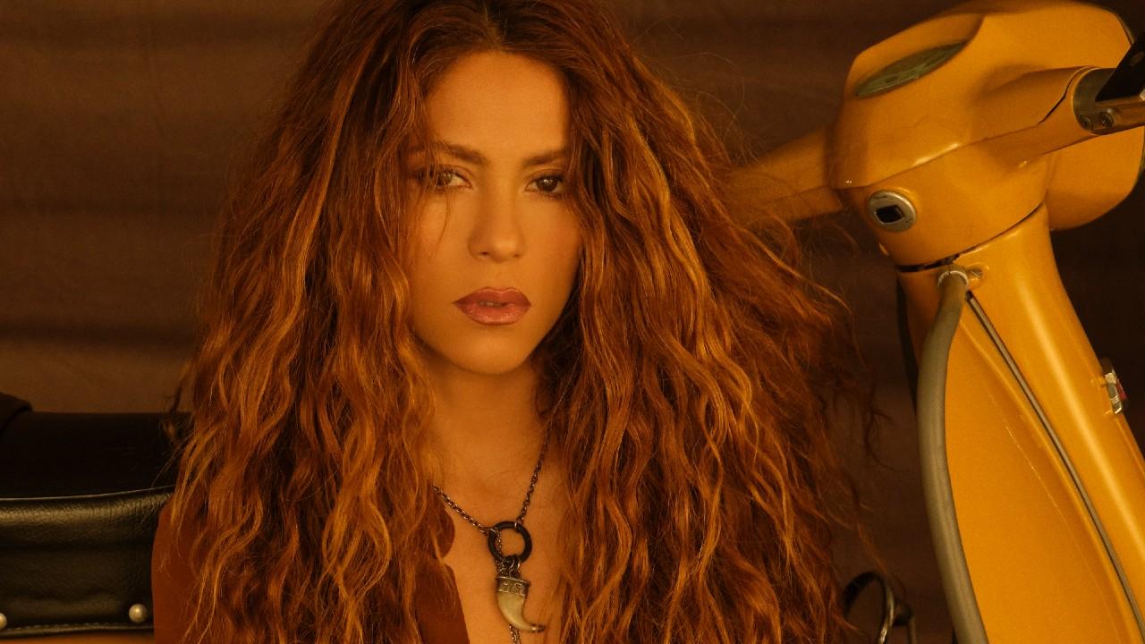 "Shakira libera vídeo dos bastidores do clipe de ""Don't Wait Up"""