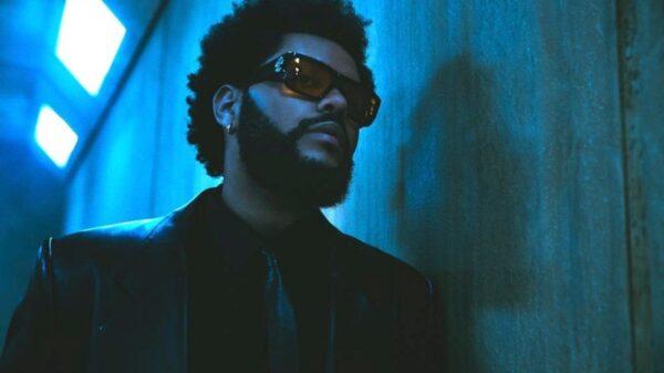 """Que comece a nova era! The Weeknd faz seu retorno com """"Take My Breath"""""""