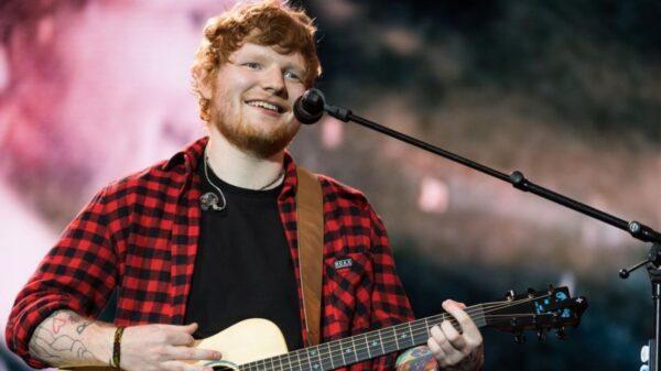 """Ed Sheeran revela lançamento do single """"Shivers"""" para a próxima semana"""