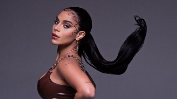 "Izzy La Reina fala sobre poder feminino no novo single ""Boy Toy"""
