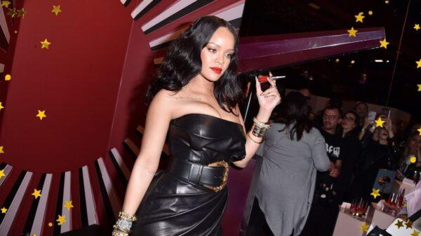 """Rihanna fala sobre Super Bowl e novo álbum: """"Você não vai esperar o que você vai ouvir"""""""
