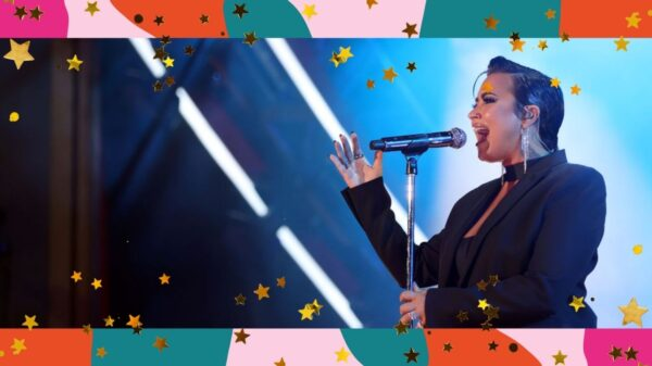 """Demi Lovato homenageia amigo vítima de overdose em nova canção, """"Unforgettable (Tommy's Song)"""""""