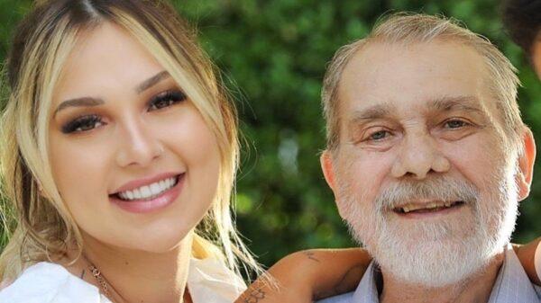 Virginia faz texto emocionante sobre um mês da morte do pai
