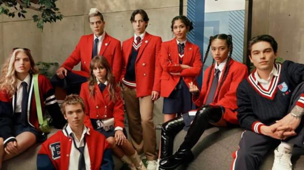 """Netflix divulga data de estreia e clipe inédito de nova versão de """"Rebelde"""""""